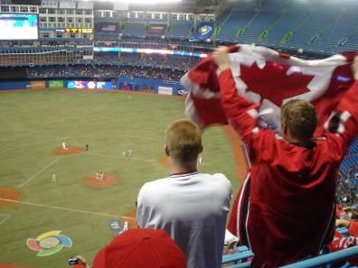Proud_Canadian_fans_-_Canada_vs_Italy_-_2009_World_Baseball_Classic_in_Toronto