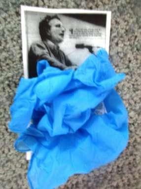 chomsky gloves