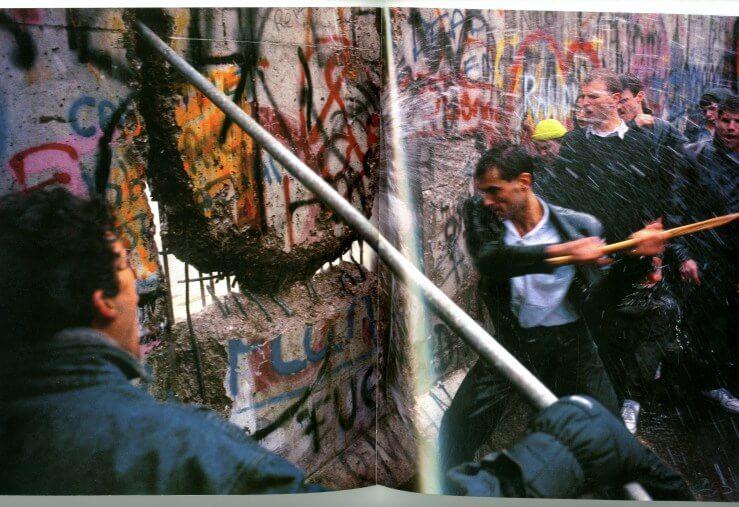 breaking-wall-Berlin-Portrait-of-City