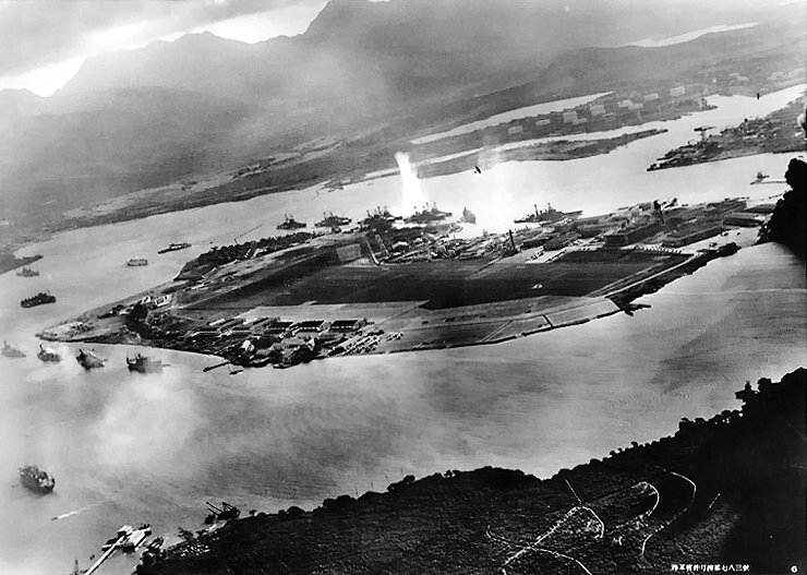 Attack on Pearl Harbor Japanese planes view (Wikipedia)