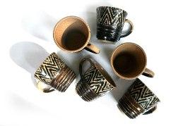 black_cups