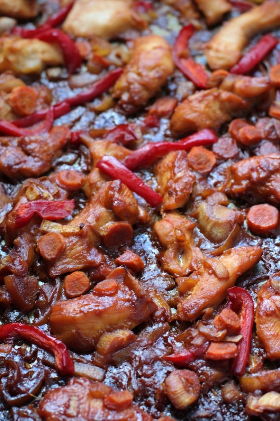 Hoisin Chicken and Red Peppers Cooked on sheet pan. This Freezer Hoisin Chicken with Red Peppers, Carrots, Onions, Ginger, and Soy sauce is delicious and so easy to make. You get sweet and savory all in one dish and it's perfect for kids because it's sweet, not spicy at all. Just freeze ahead, thaw, then cook on a sheet pan!