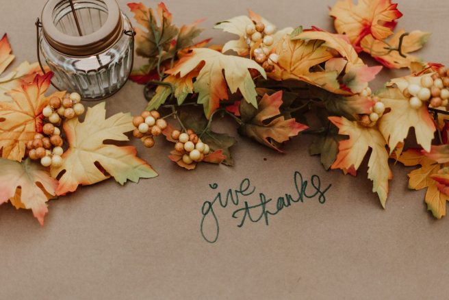Thanksgiving Dinner Meal Planner, Prep Guide, and schedule