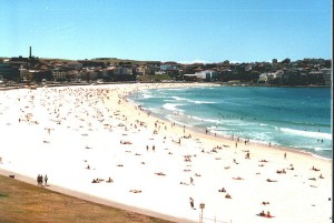 Source: http://commons.wikimedia.org/wiki/File:Bondi_Beach_3.JPG