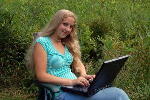 Знакомство в интернете: полезные советы девушкам