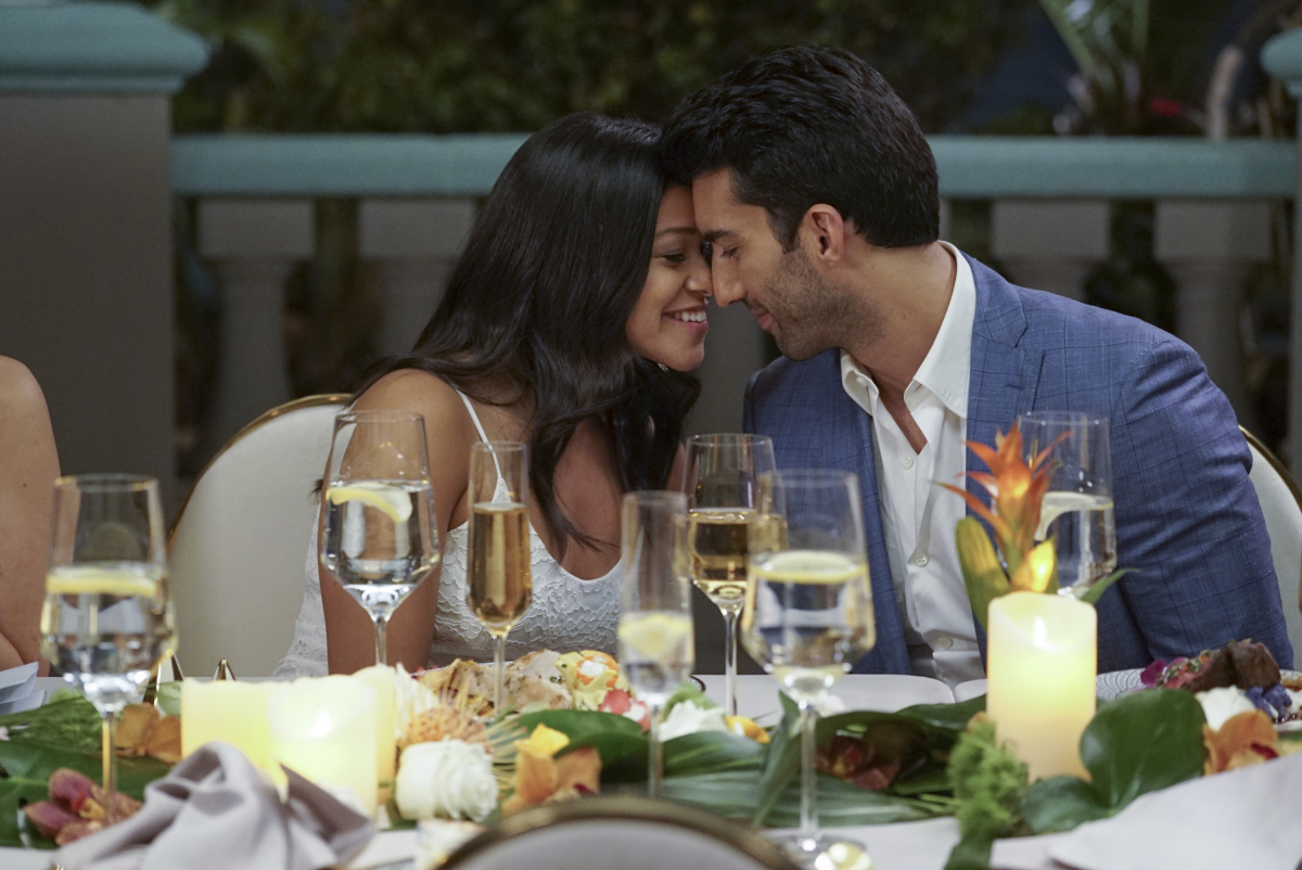Top 10 Best Jane & Rafael Moments on 'Jane the Virgin' – Talk ...