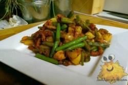 Gebakken Aardappelen met Boontjes en Spek