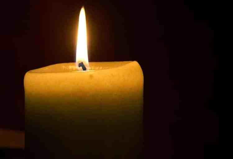 Obituary-Candle3.jpg