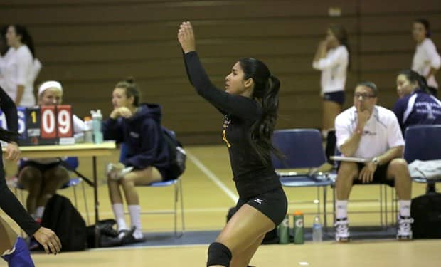 Volleyball Closes out the Monroe Invitational with a Pair of Wins