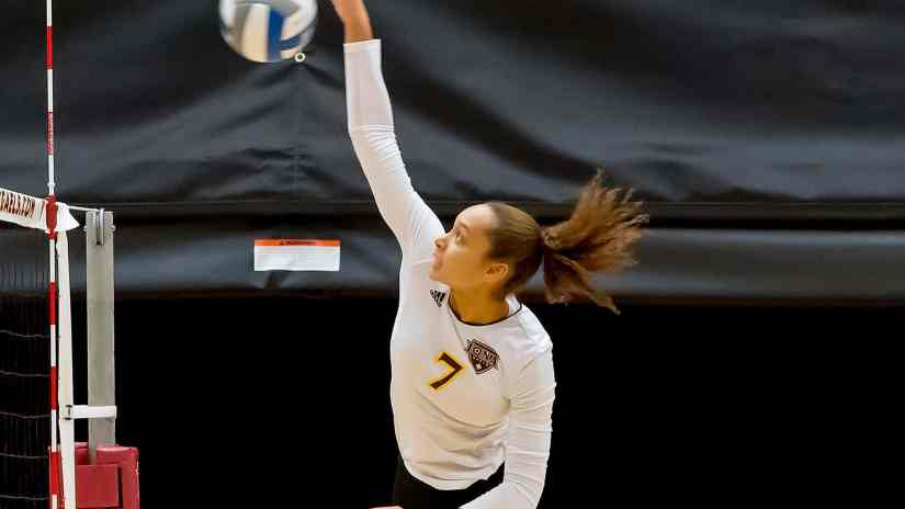 Iona Volleyball Picks Up Fourth Sweep Of Season At Manhattan