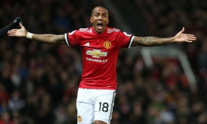 Currently, manchester united rank 6th, while liverpool hold 2nd position. Manchester United transfer news: Players whose contracts