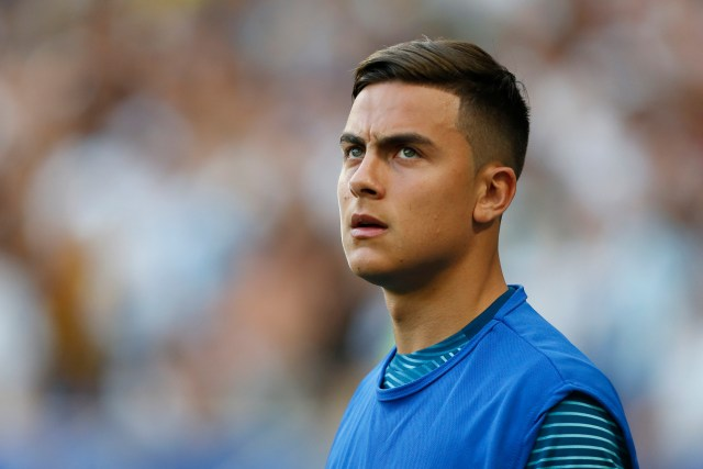 Dybala decided against a move to Man United