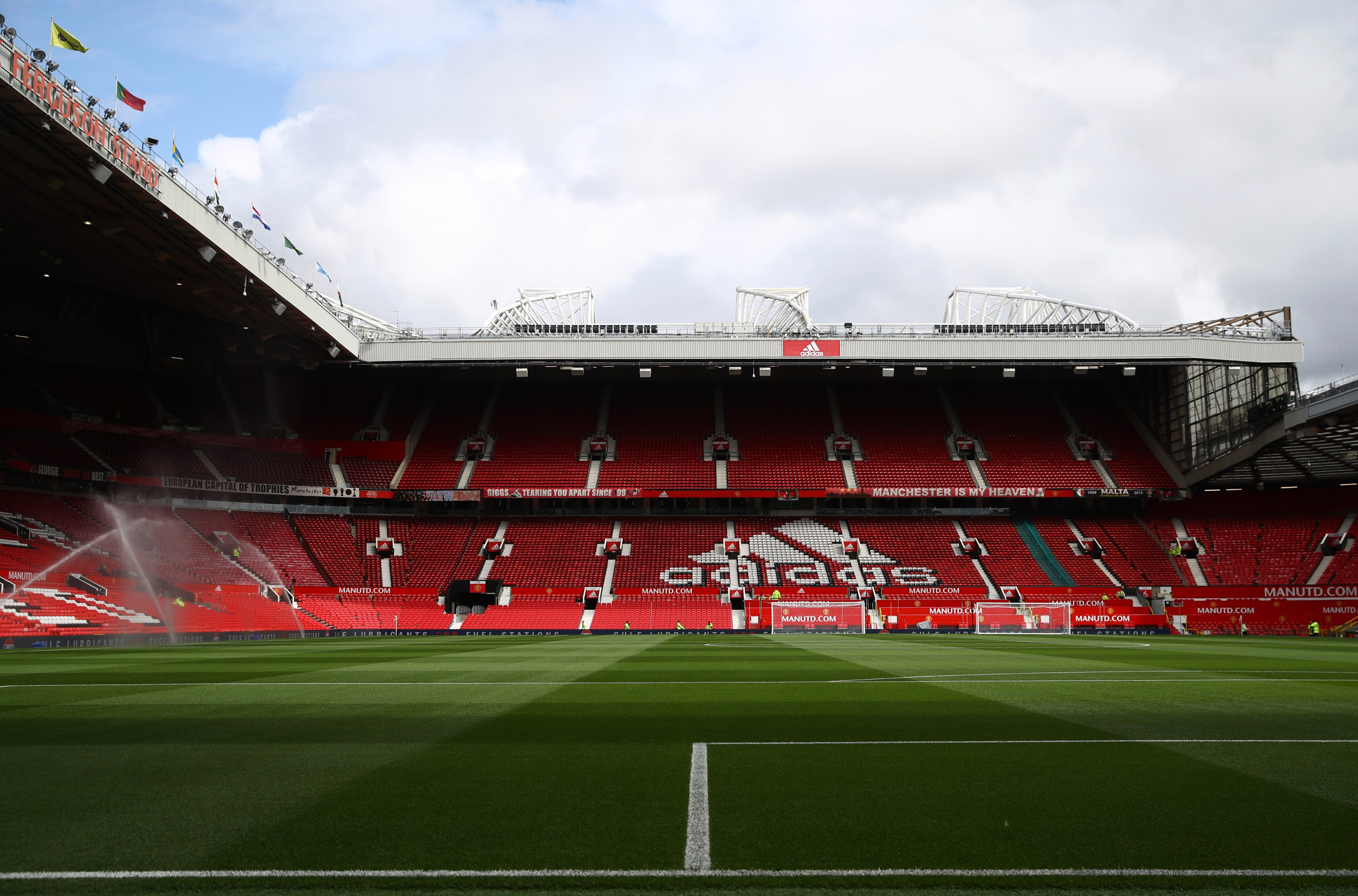 Manchester United record losses of more than £3m for third quarter of 2020 fiscal year due to 'ongoing un thumbnail