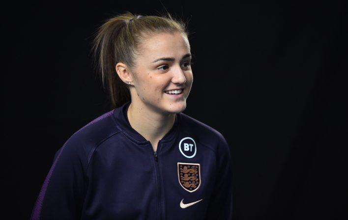 Stanway, İngiltere için 20 forma giydi, bir Dünya Kupası'nda oynadı ve SheBelieves Kupası'nı kazanan takımın bir parçasıydı.