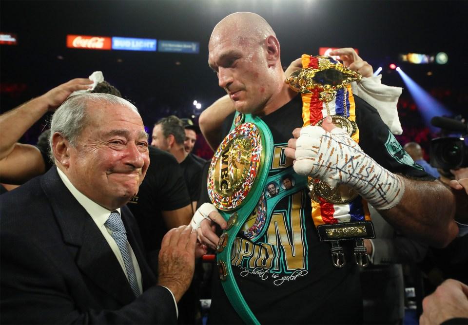 Tyson Fury Brings WBC Belt to Britain