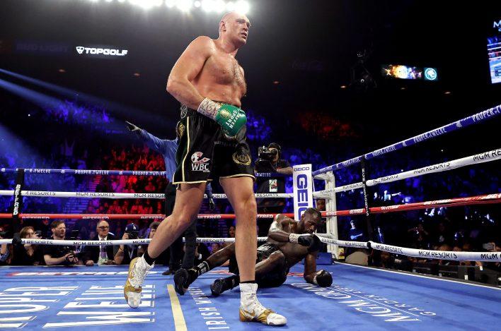 Tyson Fury, Şubat 2020'de Deontay Wilder'ı ikna edici bir şekilde yendi