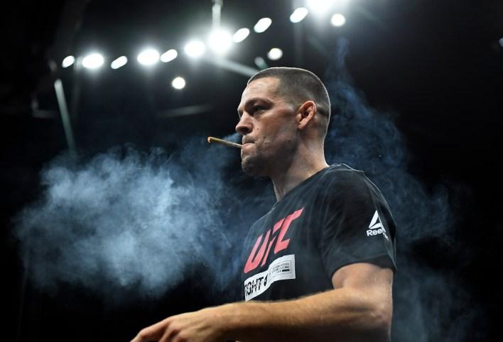 Nate Diaz, Kasım 2019'dan beri savaşmıyor, ancak oyundaki en zorlu ve en gerçek dövüşçülerden biri olmaya devam ediyor.