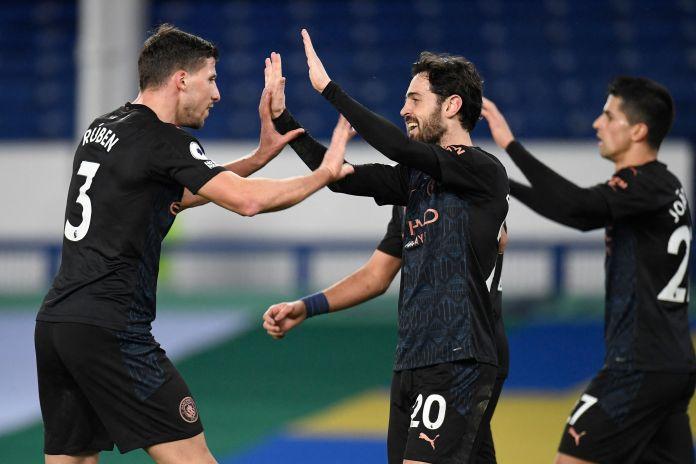 Goals from Phil Foden, Riyad Mahrez and Bernardo Silva saw City breeze past Everton on Wednesday night