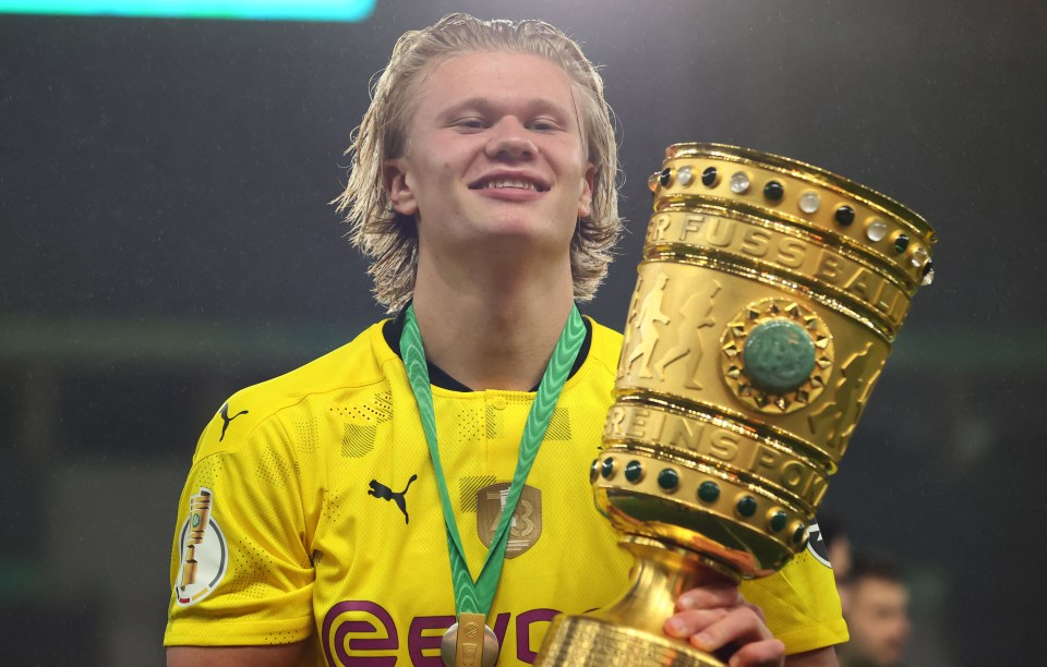 Haaland won his first trophy for Borussia Dortmund last season, but is DFB Pokal enough to keep him in Dortmund as bigger titles come along?