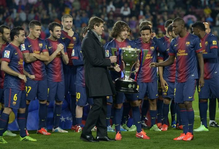 Puyol, Vilanova ve Abidal'dan kupayı herkesten önce kaldırmasını istedi.