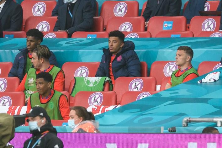 Sancho sadece İngiltere yedek kulübesinden izleyebildi