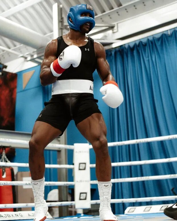 Anthony Joshua favors speed over size