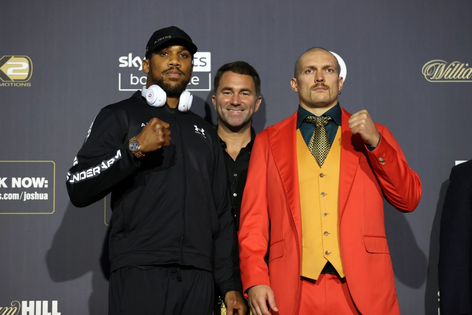 Joshua and Usyk set to face each other this weekend