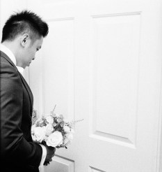 Lovely to see Chi at the door! I bet he couldn't wait to see his wife! Kodak Tri-X, Leica 35mm Summilux 1:1.4 Classic, Canon 580 EX II