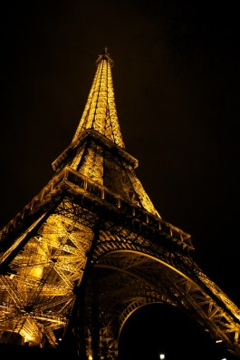A digital from my 5D of the famous tower!