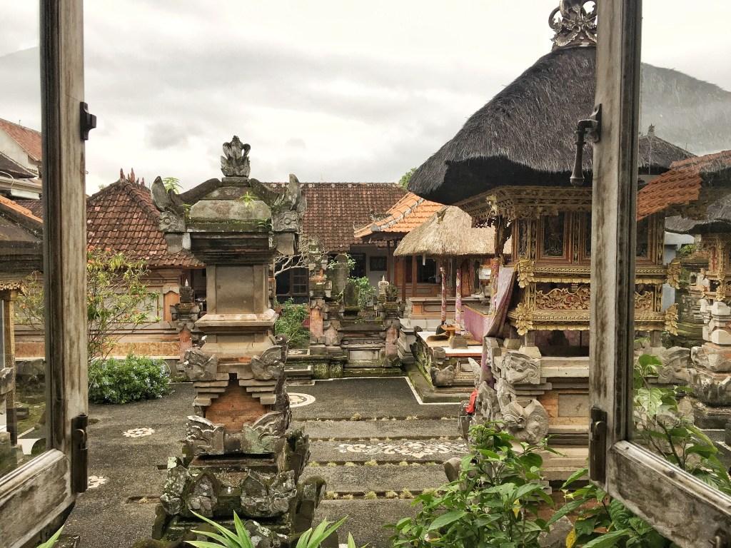 Hujan Locale in Ubud