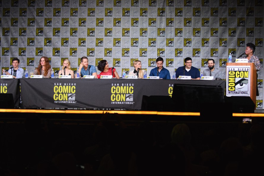 JARED GILMORE, REBECCA MADER, EMILIE DERAVIN, JOSH DALLAS, LANA PARILLA, JENNIFER MORRISON, COLIN O'DONOGHUE, ADAM HOROWITZ (EXECUTIVE PRODUCER), EDWARD KITSIS (EXECUTIVE PRODUCER), YVETTE NICOLE BROWN (MODERATOR)