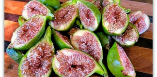 desert king figs sliced