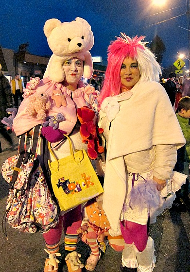 Two of my favorite Vashonistas taking Harajuku excess to a whole new level.