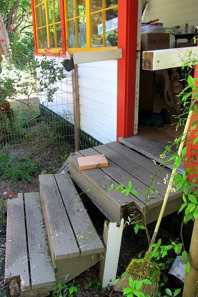 porch defying gravity