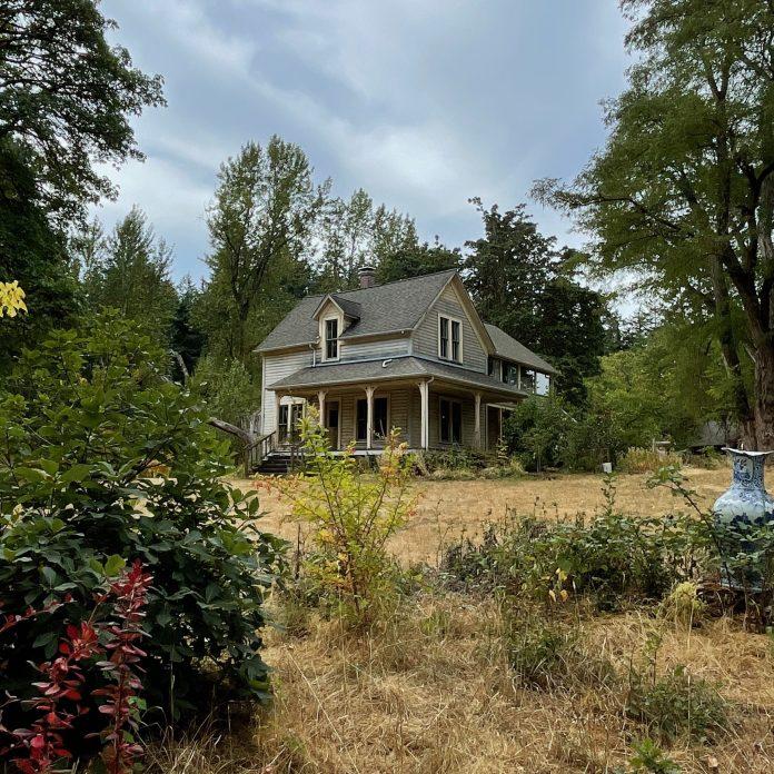 Pacific Northwest farmhouse