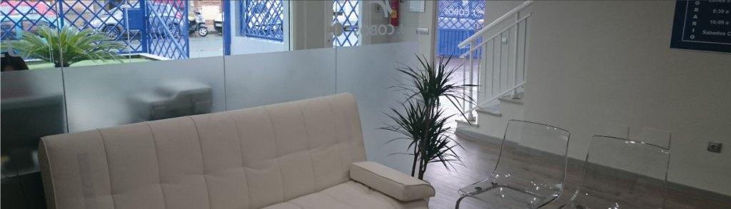 sala de espera y vehículo de sustitución