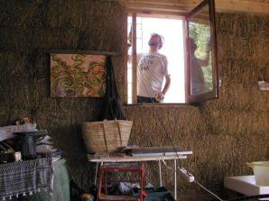 Mi padre, colocando una ventana. Octubre 2002