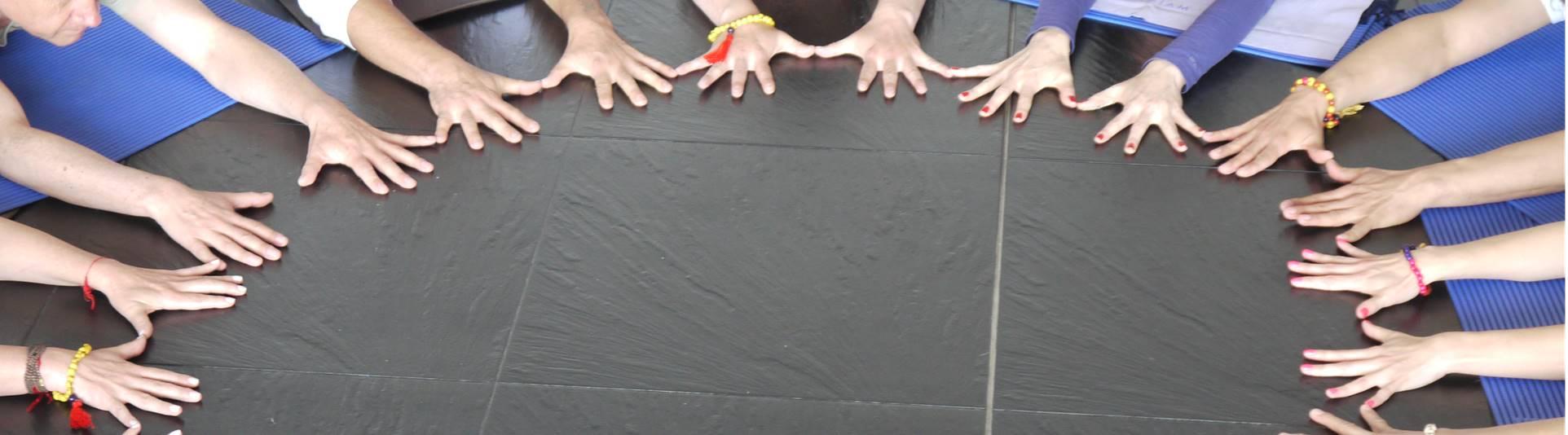 grupo-manos