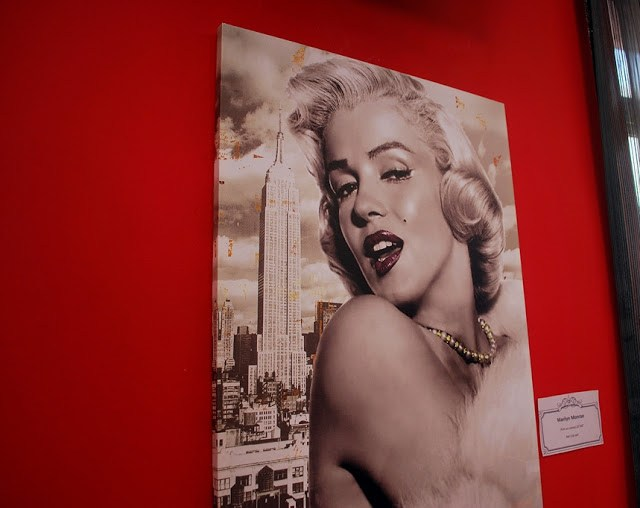 They do sell Marilyn Monroe paintings