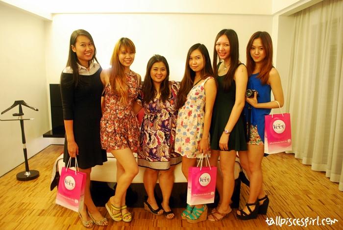 Group photo! L-R: YY, Carina, Jess, Iris, me, Queennie
