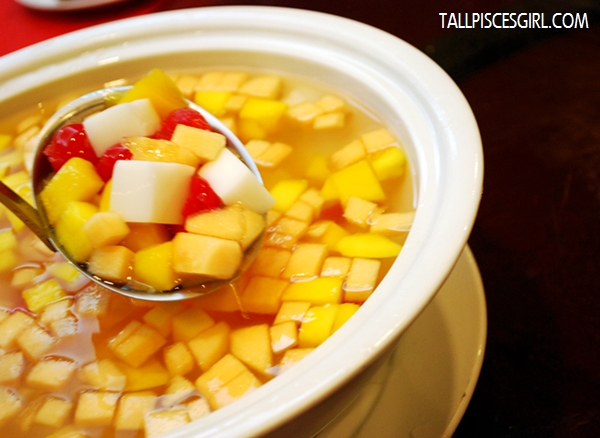 Double Boiled Mix Fruit Sago and Almond Beancurd