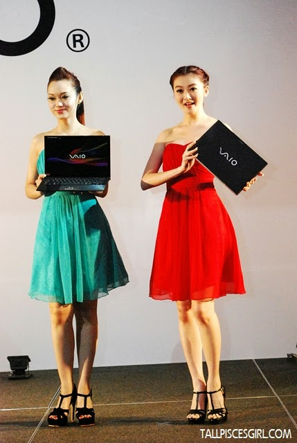 Models displaying the Sony VAIO® Pro 13/11 Ultrabook
