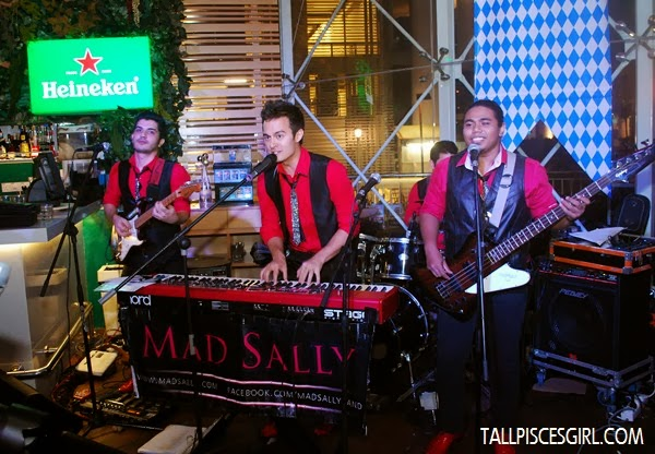 Mad Sally Band was here too to make the night even livelier!
