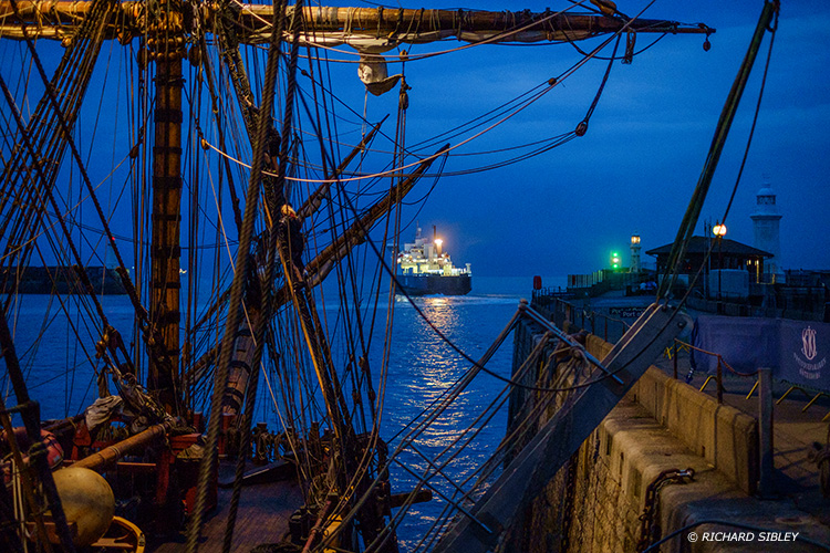The Swedish Ship Gotheborg,east indianan,dover