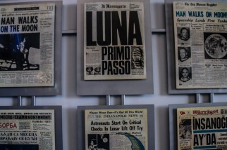 moon landing headlines, Kennedy Space Centre