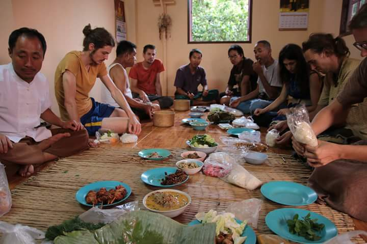 Delicious Potluck with all the volunteers! All Local Thai Food!