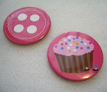 Vintage huge pink budges - button and cake