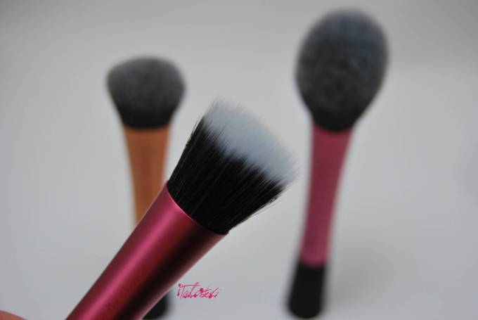 Real Techniques Brushes Mini Review
