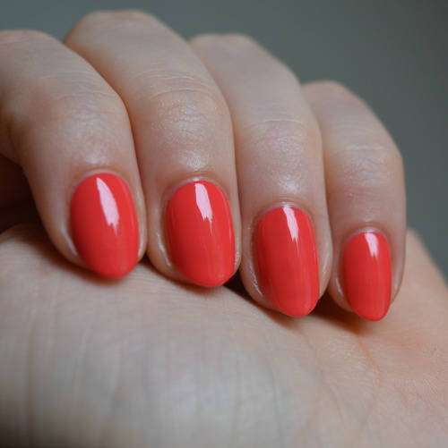 Essie Summer 2015 Sunset Sneaks