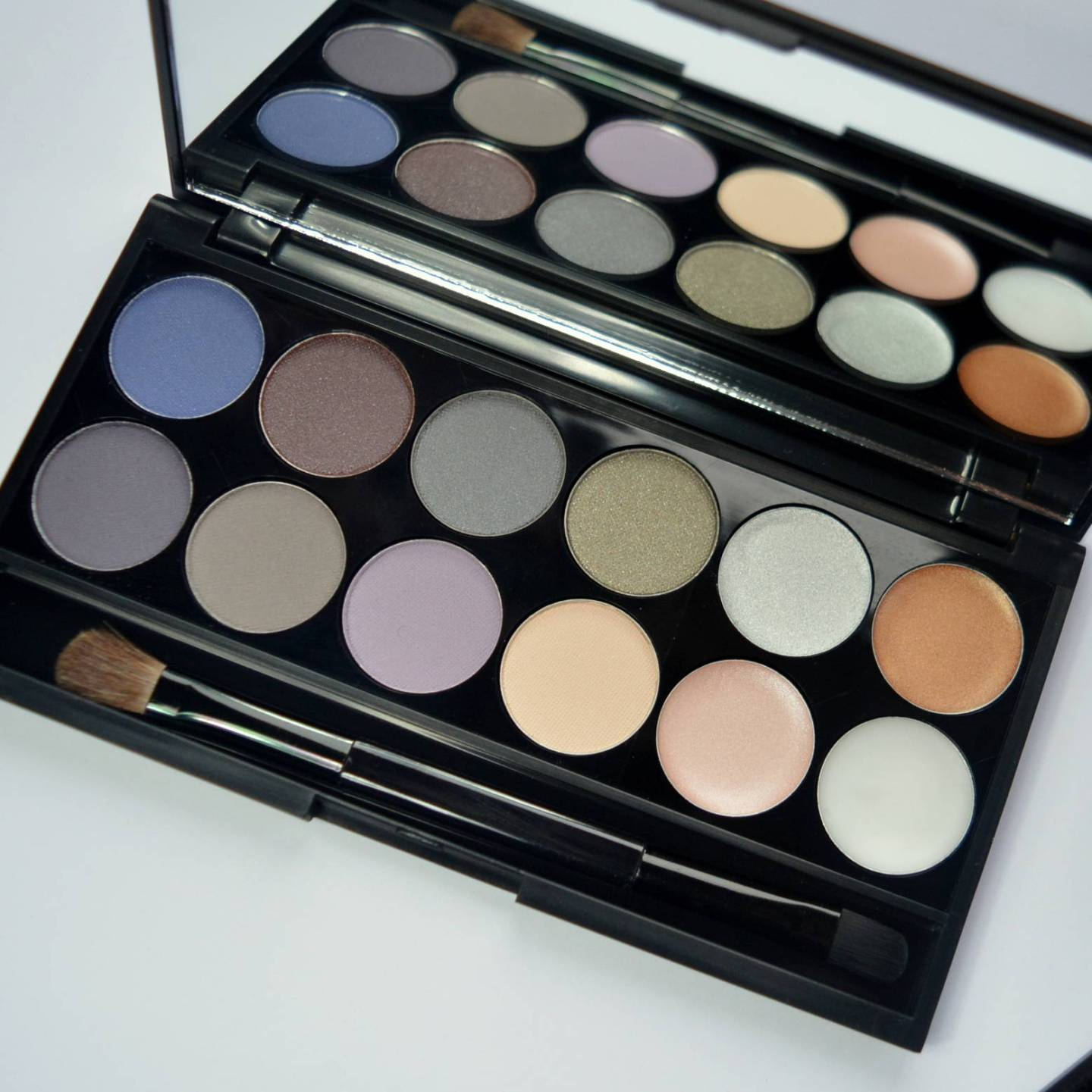 Seventeen Eyeshadow And Lip Palettes
